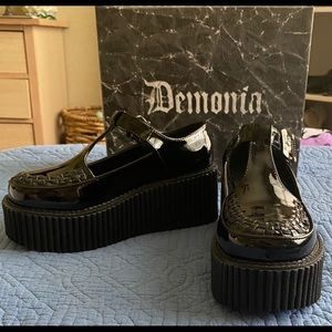 Black patent leather Mary Jane creepers